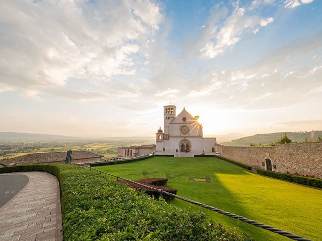 From Saint Padre Pio to visit the Basilica of Saint Francis of Assisi. #napglenn2017 #MarianPilgrimage
