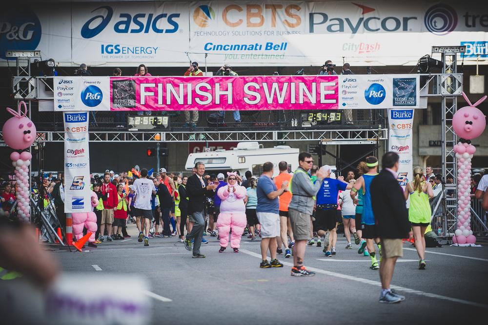 breighton-and-basette-photography-copyrighted-blog-17th-flying-pig-marathon-2015-030.jpg
