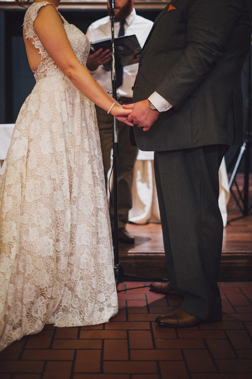 breighton-and-basette-photography-copyrighted-image-blog-amanda-and-eric-wedding-084.jpg
