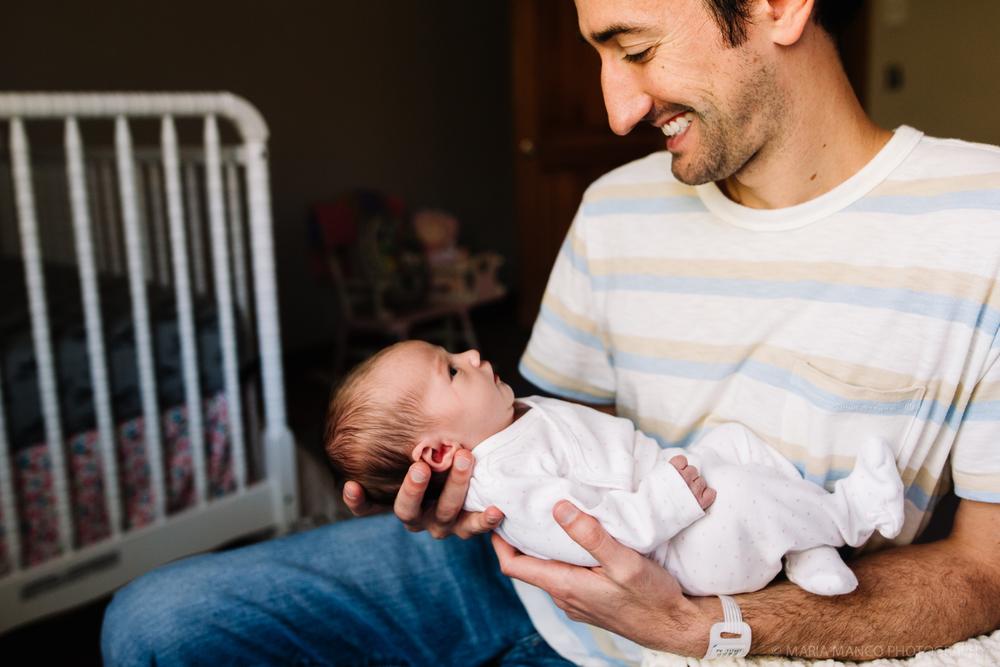 cleveland ohio newborn photographer documentary lifestyle