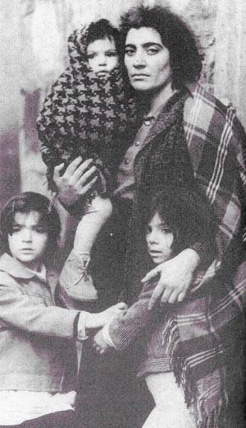 Знаменитая Ленинаканская Мадонна.jpg