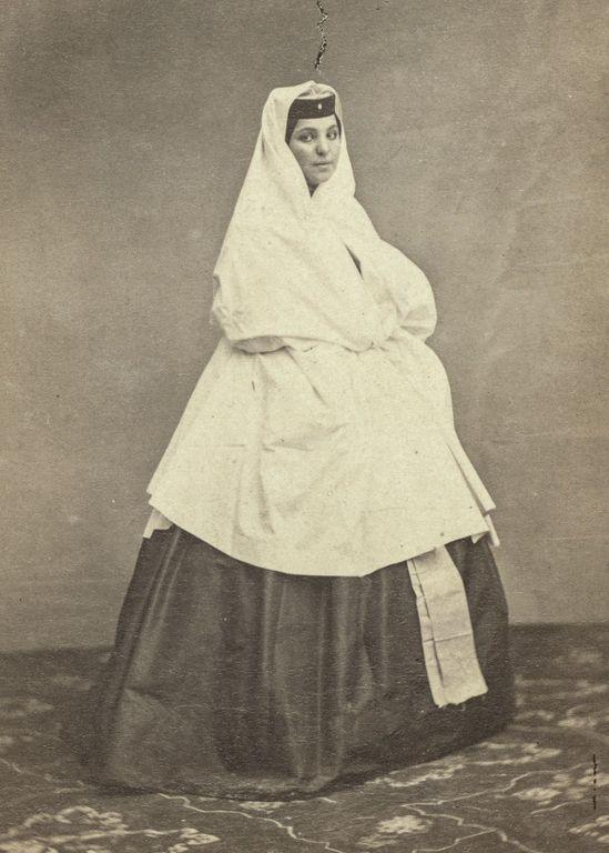 Грузинская женщина 3.jpg