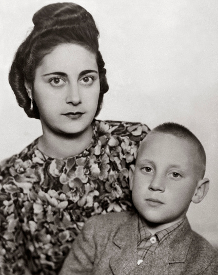 мама Женя и Володя.jpg