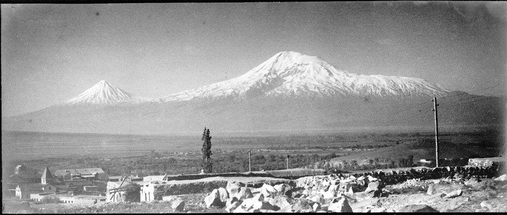 те же холмы 1926.jpg