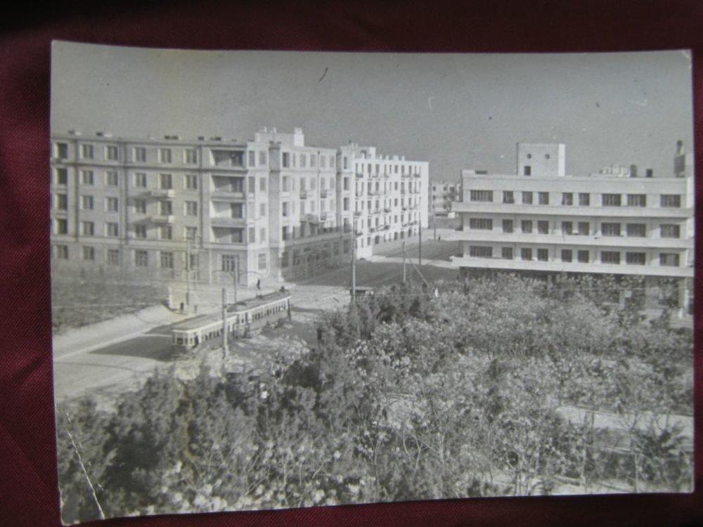 Жилые дома в рабочем посёлке имени Шаумяна (г.Баку, Азербайджанская ССР)... 1940-е гг. Фото Ф.Шевцова.