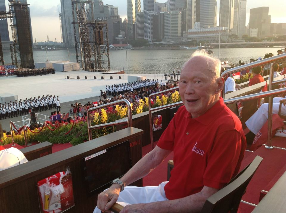 Вот когда первый премьер-министр Сингапура, создатель сингапурского «экономического чуда» Ли Куан Ю пришел к власти, он увидел страну в состоянии, куда в худшем, чем сейчас в Армении. И по коррупции, и по экономическим показателям.
