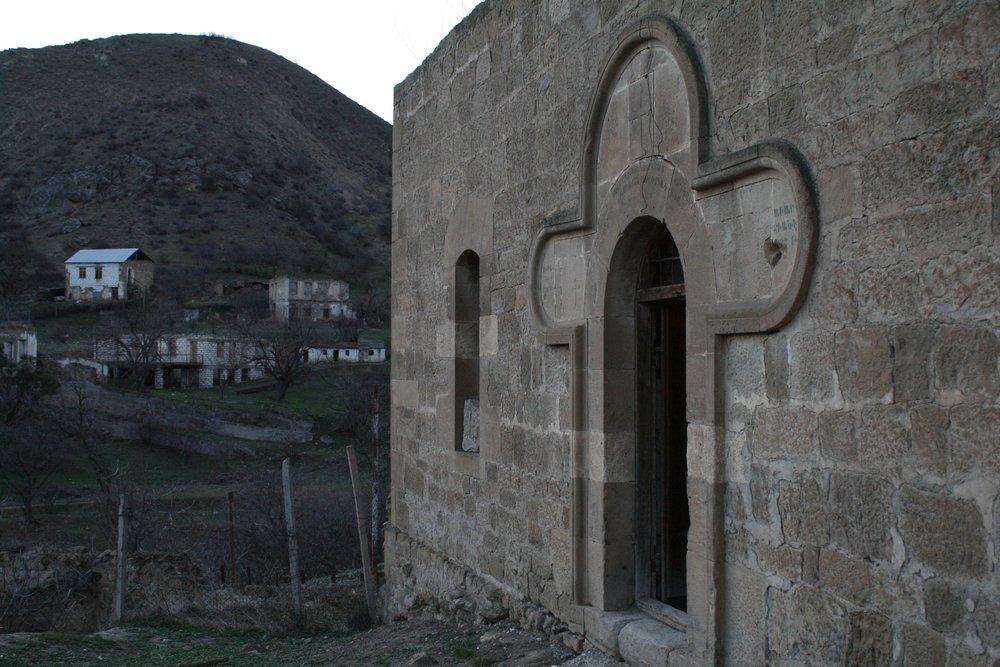 В старой части села Матагис. Церковь святого Елисея (XIX в.)..jpg