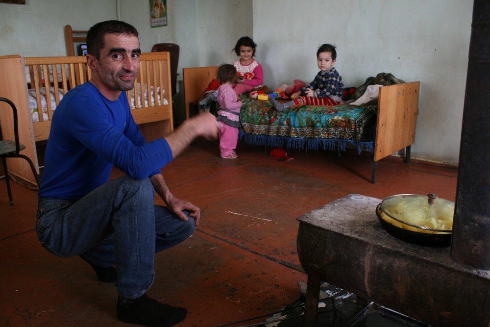 Талыш. В гостях у Саркиса Булгадаряна. По итогам четырёхдневной войны в апреле 2016 года азербайджанские позиции приблизились к Талышу почти вплотную, и селение опустело