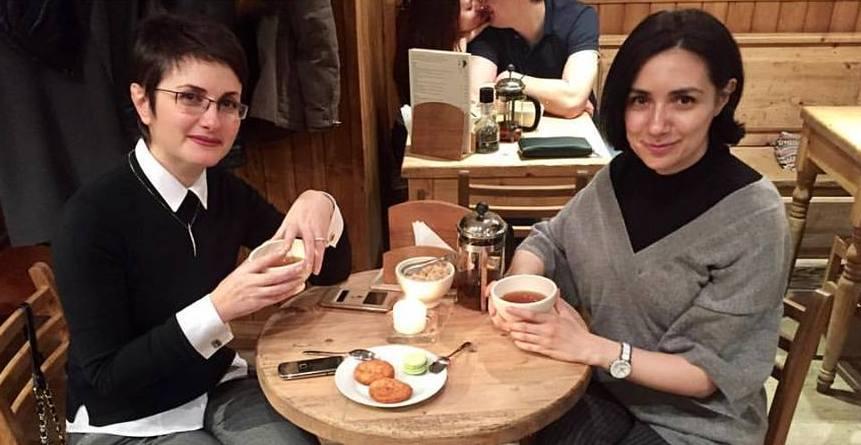 Дружеское чаепитие Лики Туманян и Анны Мелкумян превратилось в безумное после комментария вице-президента САРа Лусине Гукасян