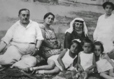Семья Параджанова: отец, мать,бабушка, сестры