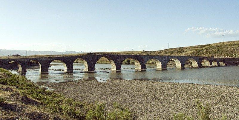 Мост у деревни Сулух, где прошло боевое крещение Рубена и погиб Геворг Чавуш