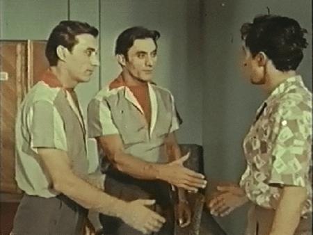 """Братья Асатуряны в ленте """"Путь на арену"""" (1963)"""