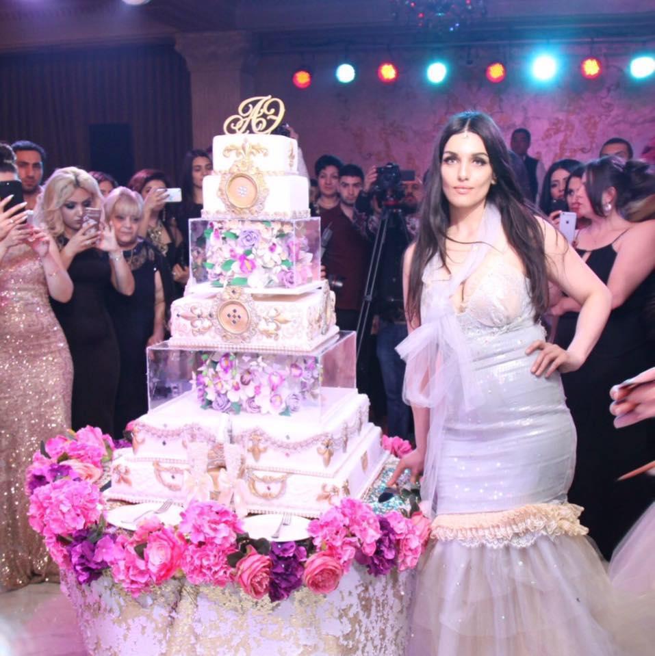 Рена Оганесян - знаменитый свадебный кондитер Армении