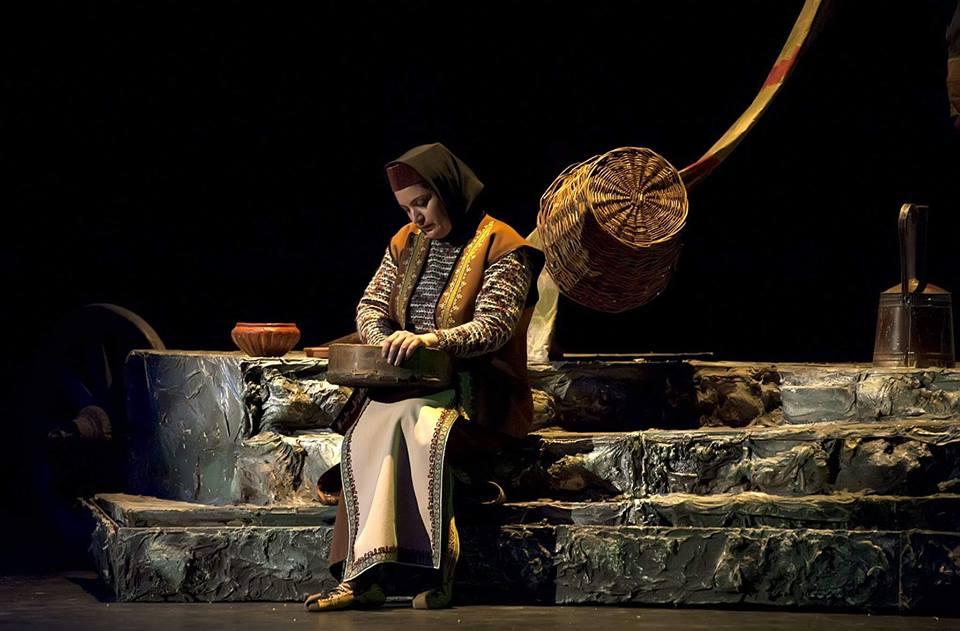 Нарине Ананикян на сценеНационального театра оперы и балета им. А. Спендиаряна