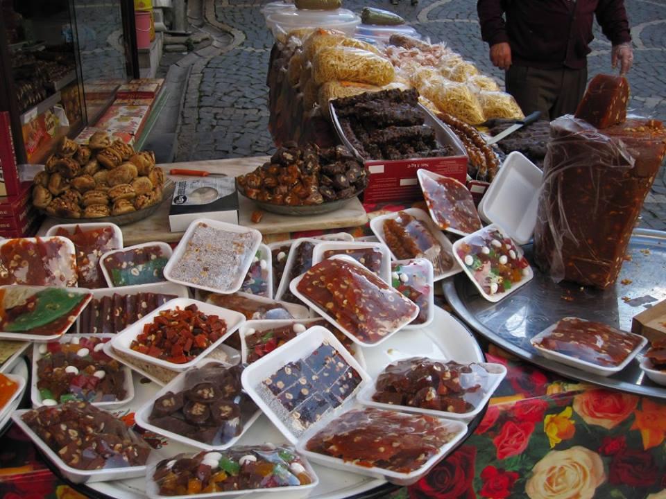 В городе Бей-Пазари все из моркови. ноябрь, 2013