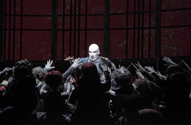 """Опера """"Фауст"""" Шарля Гуно (реж. Айк Карапетян) стала лучшим спектаклем Латвии в 2016 году."""