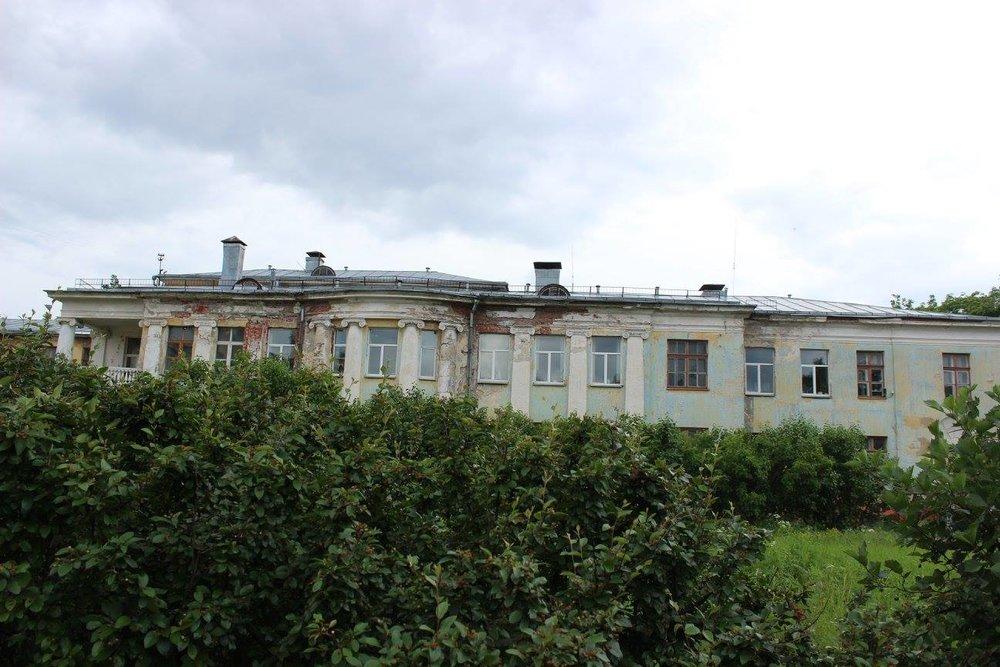 Санаторий для больных туберкулезом железнодорожников Александр Таманян построил в 1913 году по заказу барона Николая фон Мекка (фото Валерии Олюниной)