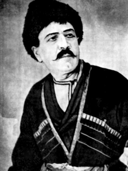 Исаак Семенович Алиханян