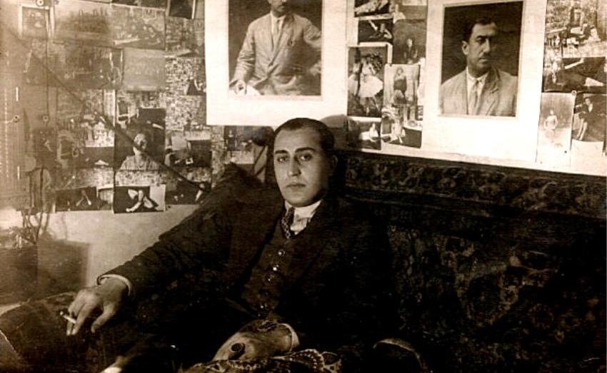 Рождение армянского кино - 16 апреля 1923 года декретом Совнаркома Армянской ССР было принято решение о создании Госкино Армении, во главе которого были поставлены Даниел Дзнуни и Амо Бекназарян. Началось создание собственной кинопромышленности.