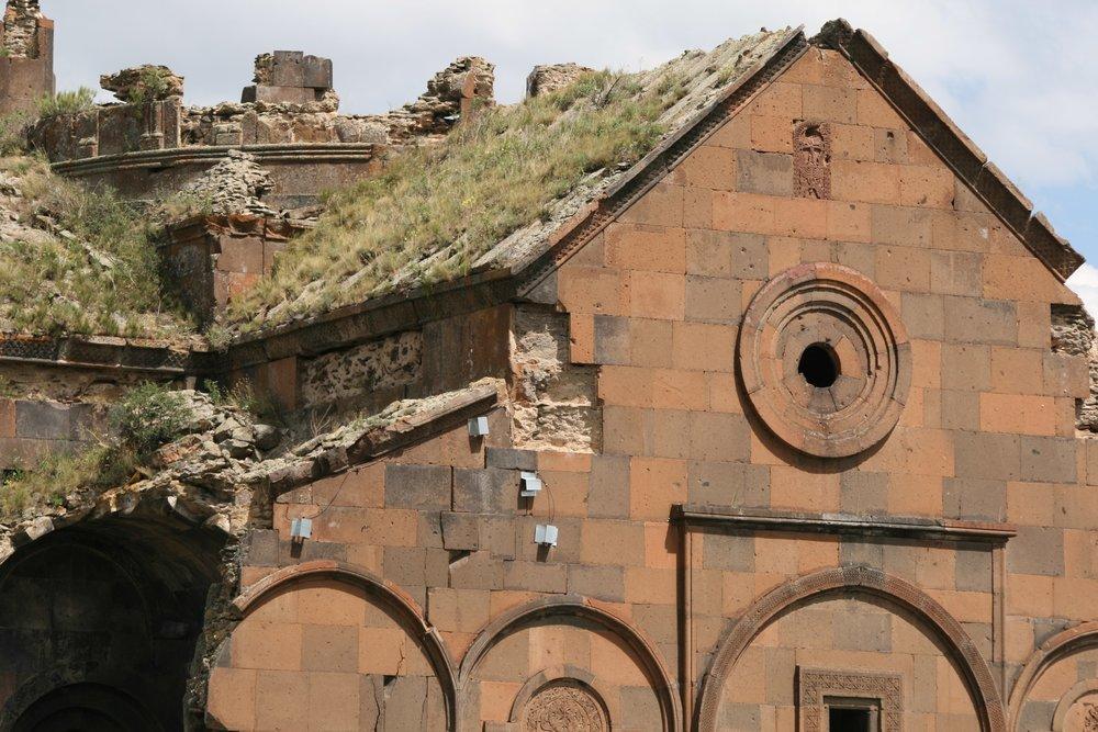 Покинутый очаг армян. фото Сергея Новикова