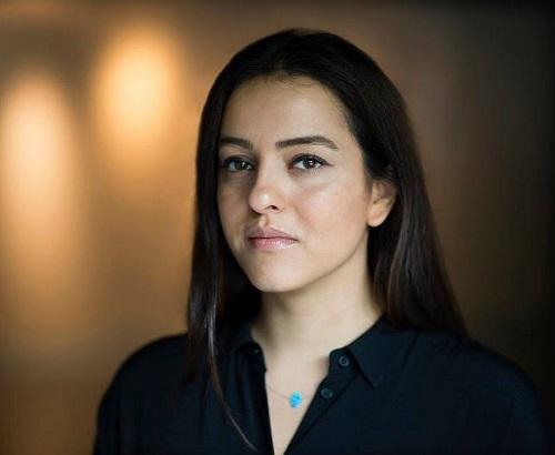 Ньюша Таваколян - иранский фотограф армянского происхождения