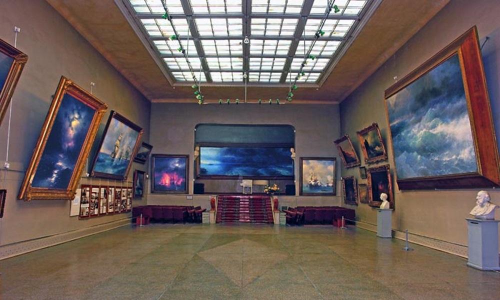 Национальная картинная галерея им. И.К. Айвазовского (источник www.grifon-tur.ru)