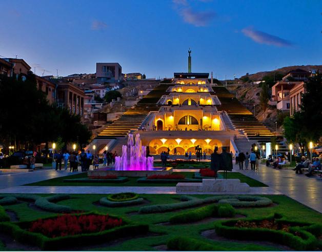 Каскад - одно из самых красивых мест Еревана. фото www.norway-kuhnja.ru
