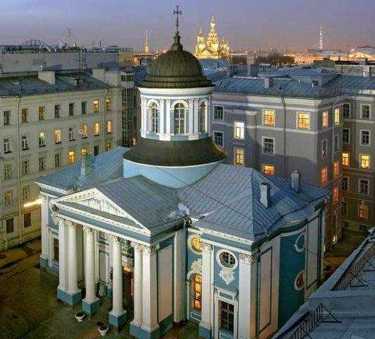 Церковь Святой Екатерины стала центром армянской культуры в северной столице России. фото www.ipetersburg.ru
