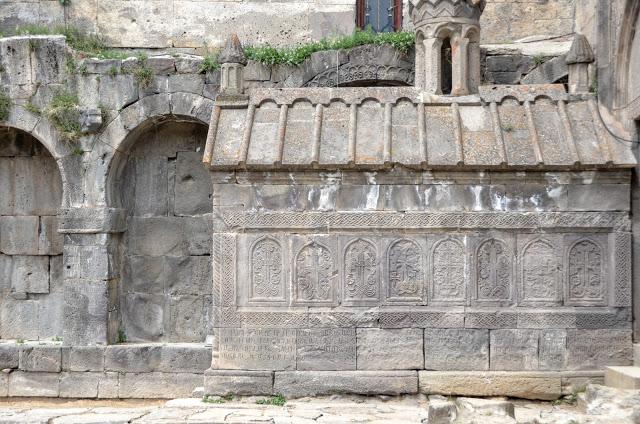 Мавзолей Григора Татеваци при Татевском монастыре