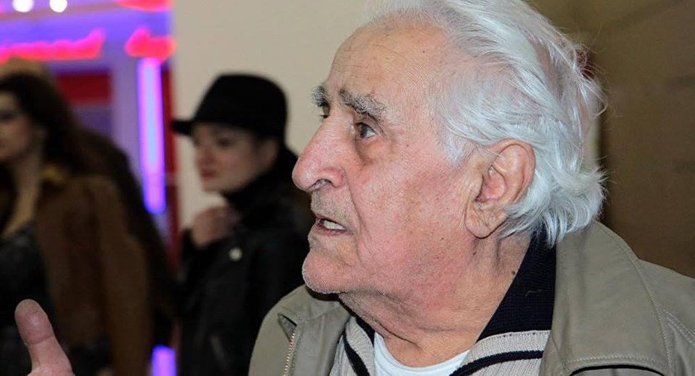 Режиссер, сценарист,Заслуженный деятель искусств Армянской ССР (1970) Генрих Рубенович Маркарян (слева)