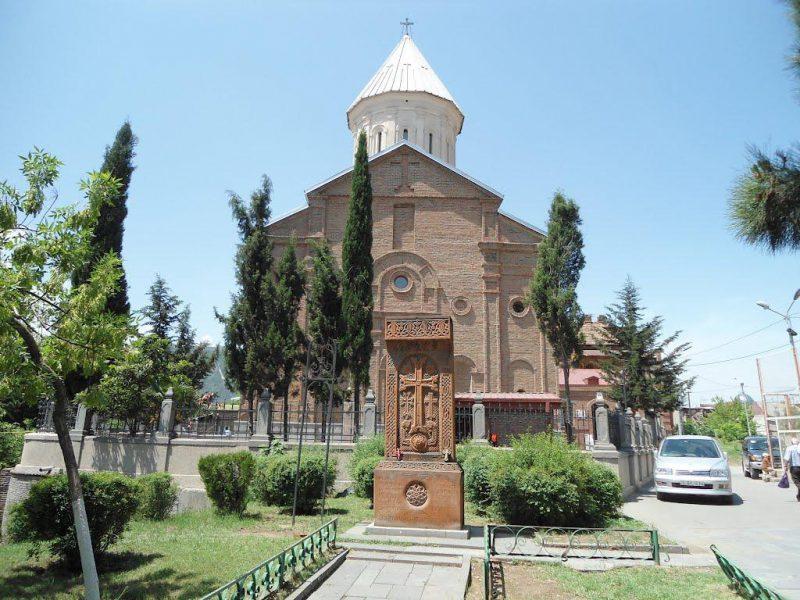 Армянская церковь в Тбилиси Сурб Геворг. фото topkin.ru
