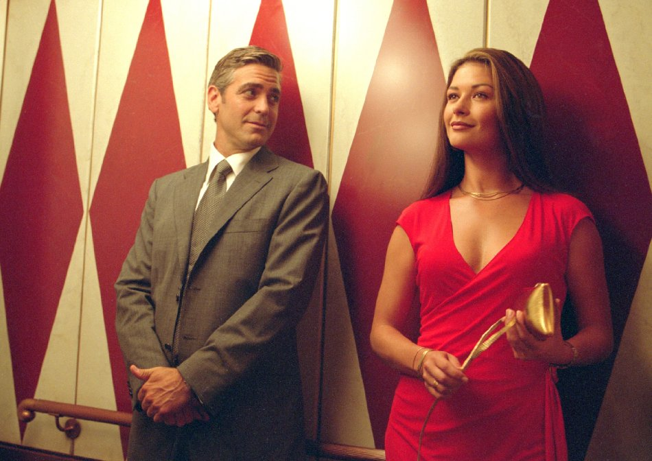 В 2003 году Кэтрин и Джордж сыграли вместе в кинокомедии братьев Коэн «Невыносимая жестокость».