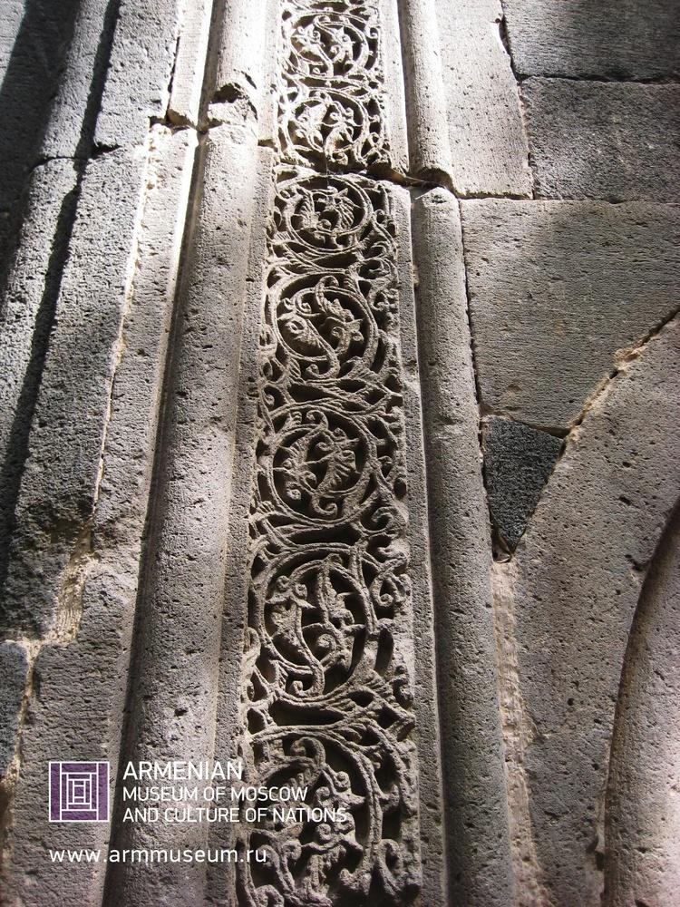 ....  Орнамент 12 века  ..  Ornament of the 12th century  ..  Գեղանկար, 12րդ դար  ....