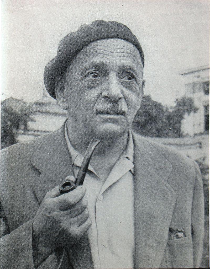 Русский поэт Павел Антокольский - много переводивший стихи Самеда