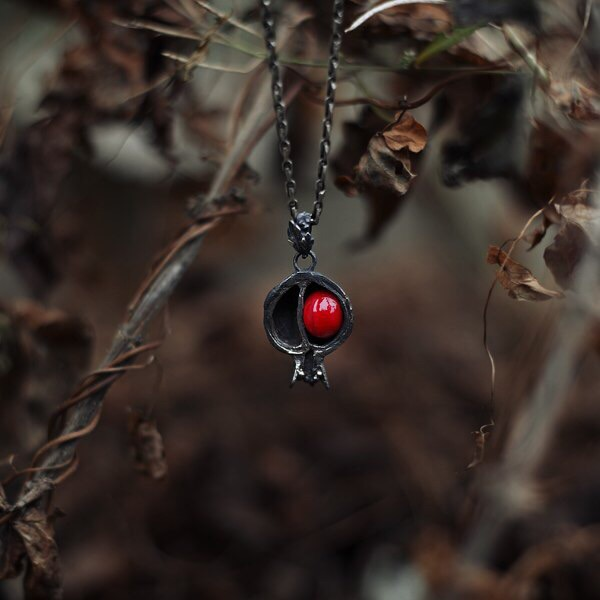 """""""Если не считать маленьких мертвых гранатовых деревьев, все здесь было в точности так, как всегда, с первых дней сотворения мира"""" (Уильям Сароян)фотоmywishlist.ru"""