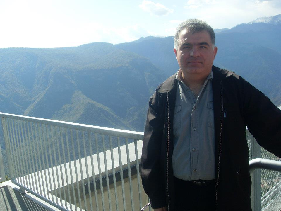 Арташес Тадевосян — администратор Армянской Википедии, один из первопроходцев армянского вики-движения