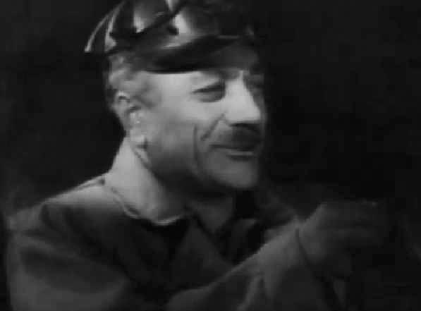 """Кадр из фильма """"Кому улыбается жизнь"""" (1957)"""