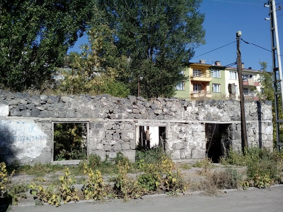 Дом Егише Чаренца. фото Инессы Тащян