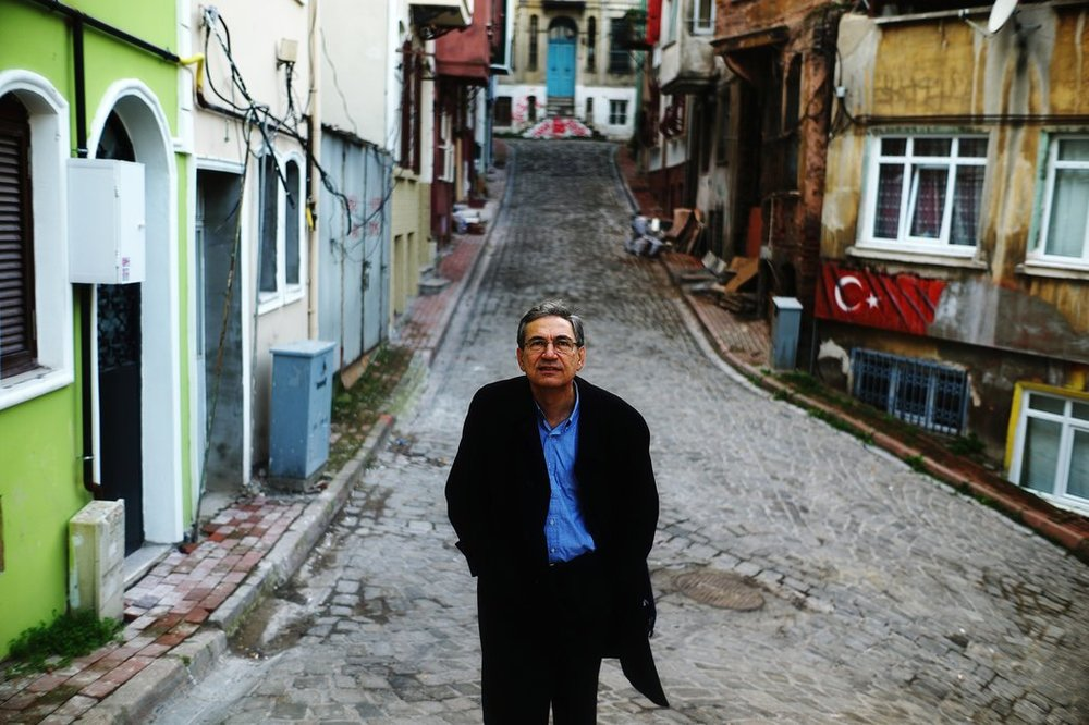 Орхан Памук. фото static01.nyt.com