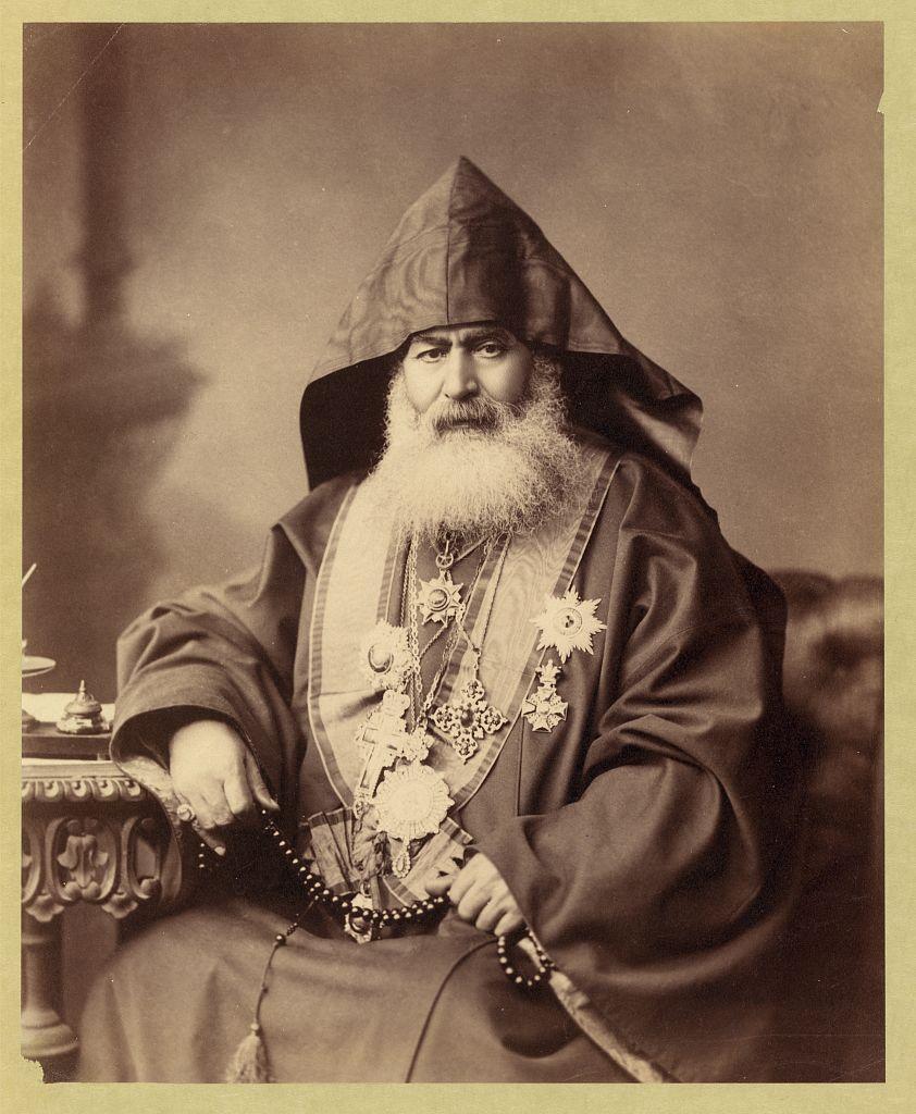 Архиепископ Егише Тертерян