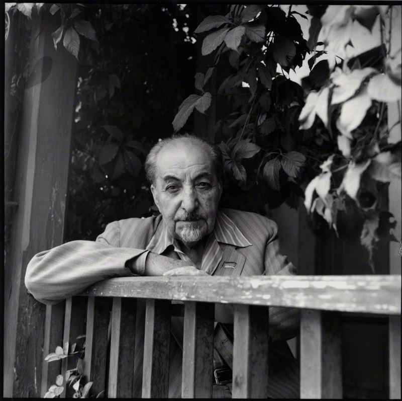 Аветик Саакович Исаакян -армянский поэт, прозаик, публицист.