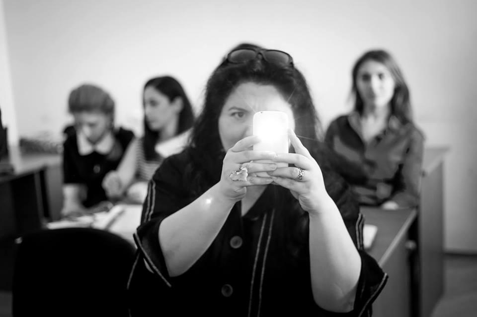Лилит Суреновна Меликсетян - известный переводчик, заведующая кафедрой мировой литературы икультуры Российско-Армянского университета (РАУ).