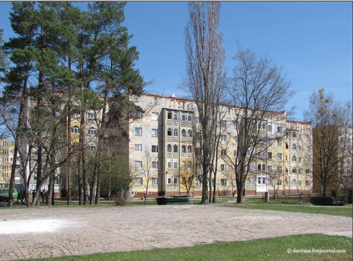 Маленький Баку в Славутиче.