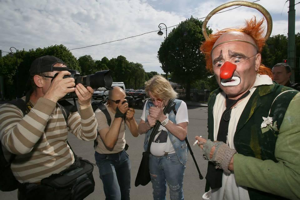 Хватит воплей, петиций, сборов подписей и массовых акций. Гражданское общество, в которое нас втягивают, клоака та ещё.фото Павла Маркина (Санкт-Петербург)