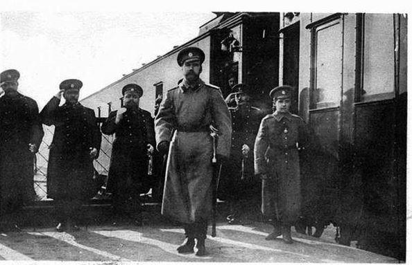 Прибытие в Могилев императора с цесаревичем