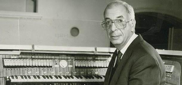 Микаэл Таривердиев. Фото из архива Московской государственной филармонии