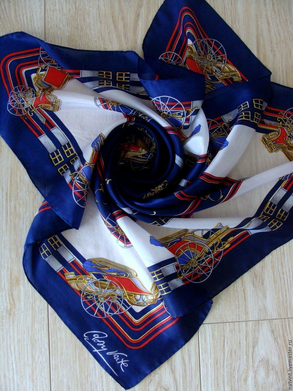 """Шелковый платок """"Ландо"""" в память о Рози Варт. Фотоlivemaster.ru"""