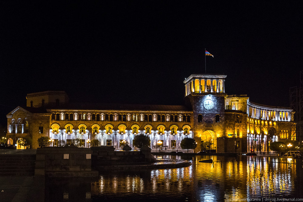 Ночной Ереван. Фотоtvplaneta.ru