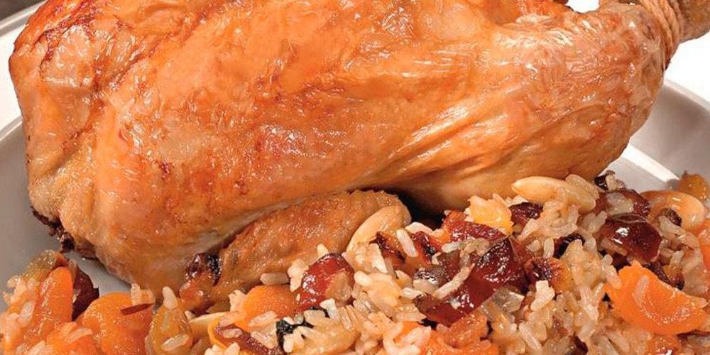 Блюда из домашней птицы и дичи - Мясо птицы превосходно подходит для приготовления разнообразных первых и вторых блюд, горячих и холодных закусок, отличающихся не только хорошим, но подчас и деликатесным вкусом.