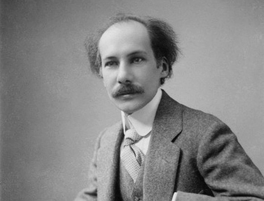 Автор романа-бреда «Петербург», русский поэт и писатель Андрей Белый был одним из ведущих деятелей в русском модернизме и символизме